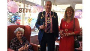 Mayor and Mayoress with Sheila